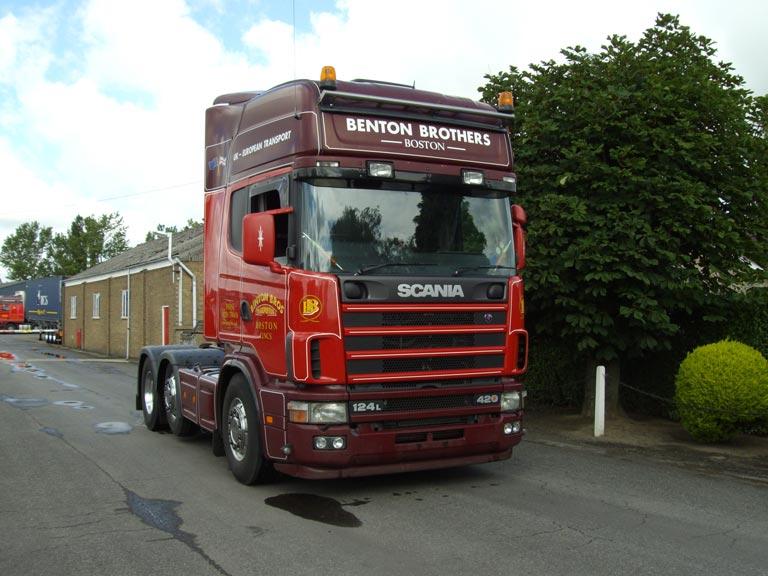 2003 Scania R124 420